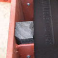 Rückprallschutz, Protect Schutzplatte 30 mm, vulkanisierter Gummi, Bauwerkschutz in Schießanlagen, Splitterschutz, Verkleidungsplatte, Scheibenrahmen, KLAFA, Wand, Outdoor Schießanlagen, vulkanis dauerelastisch, Zulassung, BMVg, BFR